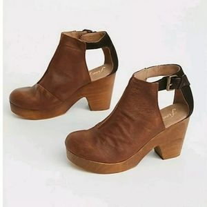 Free people Amber Orchard Clog Size 38.5 New